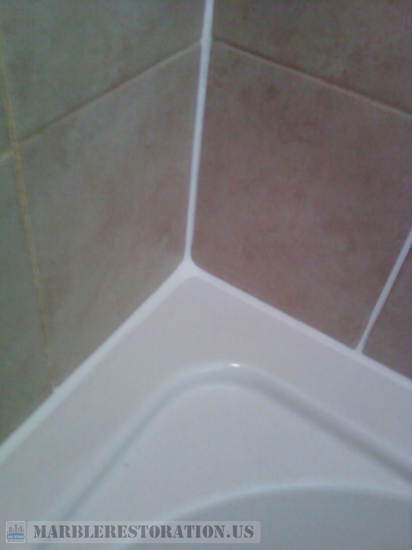 Re-Caulked Bathtub Top
